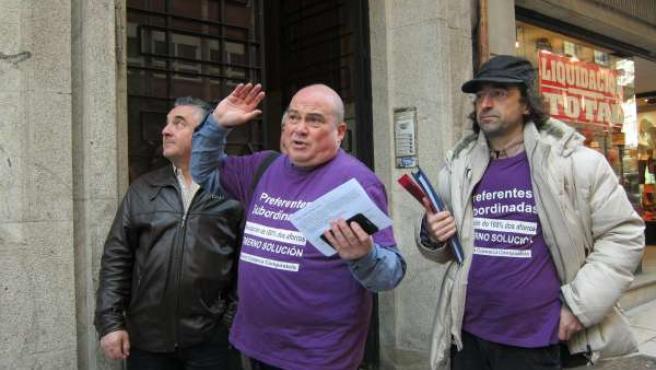 Representantes de la Coordinadora de Afectados por las Preferentes de Galicia