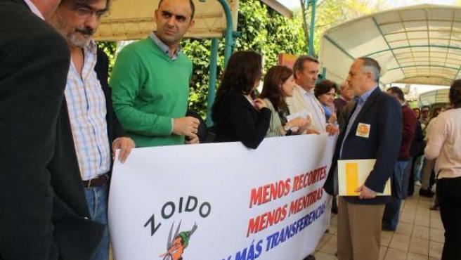 García en la protesta de los trabajadores.