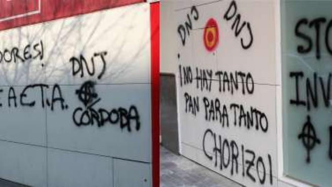 Las pintadas aparecidas en ambas fachadas de la sede del PSOE