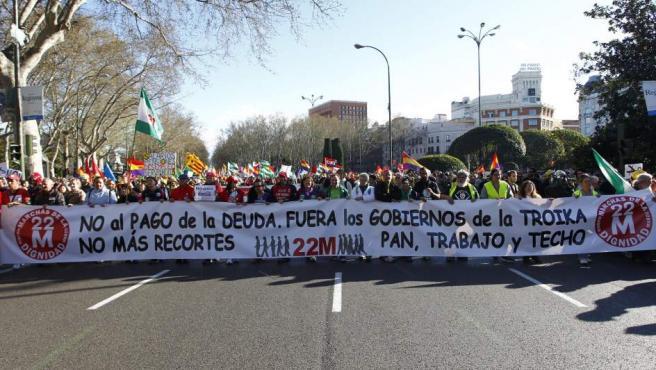 La deuda, la troika y los recortes, objetivo de las protestas de la marcha.