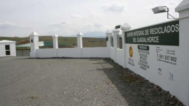 Fachada del Centro Integral de Reciclados del Guadalhorce, en Coín
