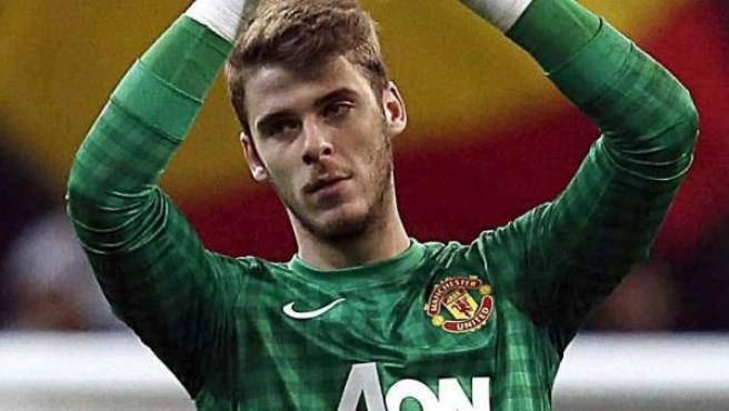 De Gea, portero del Manchester United, saluda tras un partido.