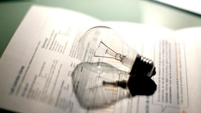 Imagen de una factura de la luz.