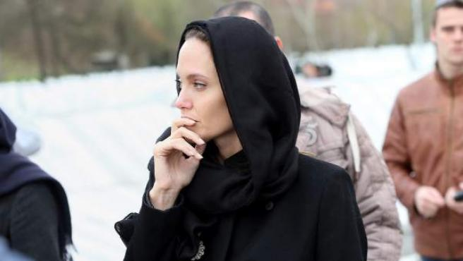 Imagen de la visita de Angelina Jolie en Bosnia.