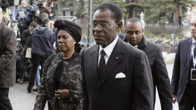 El presidente de Guinea Ecuatorial, Teodoro Obiang, a su llegada a la catedral de la Almudena, en Madrid, para asistir al funeral de Estado por el expresidente del Gobierno Adolfo Suárez.