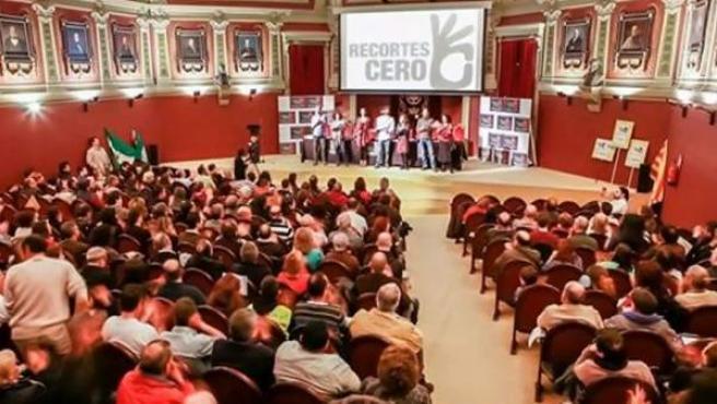Asamblea de constitución de Recortes Cero, celebrada en el Ateneo de Madrid.