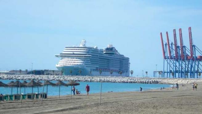 MSC Preziosa buque barco crucero turismo turistas cruceristas viajeros playa