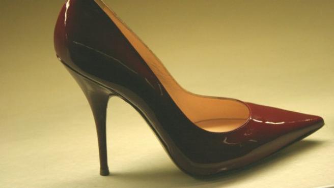 Zapato con tacón de tipo 'Stiletto'.