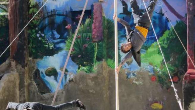 Actuación de Circo Social en estonoesunsolar del Casco Histórico