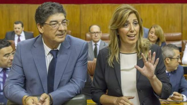 Susana Díaz y Diego Valderas, durante la segunda sesión del debate de investidura de la presidenta de la Junta.