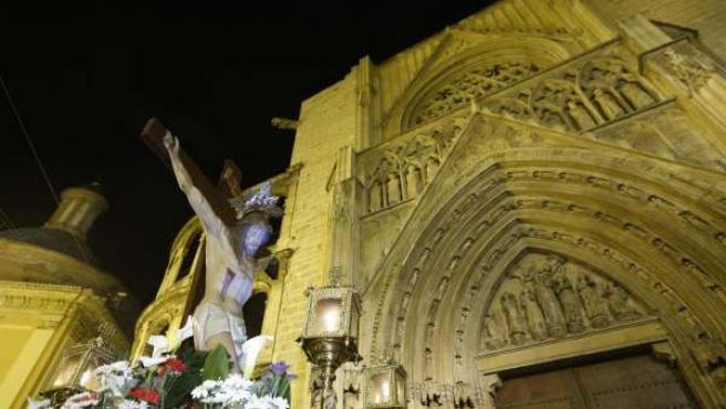Imagen del Vía Crucis por Ciutat Vella