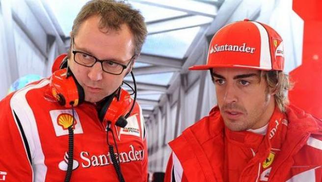 El ya exdirector de Ferrari con Fernando Alonso, en una imagen de archivo.