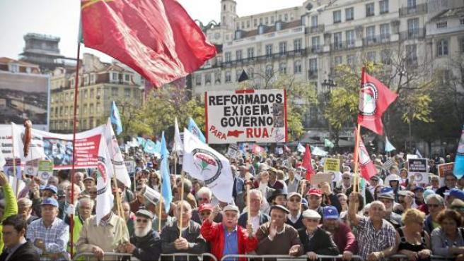 Manifestación de pensionistas contra las medidas de austeridad en Portugal.
