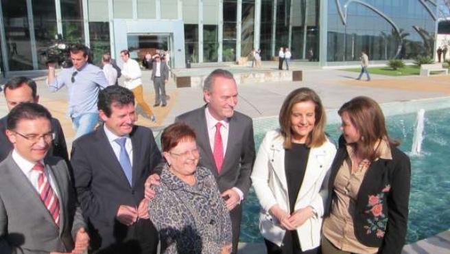 Báñez junto a Fabra, Císcar y Castellano y dirigentes del PP de Alicante