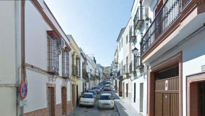 Vista de la calle Pozuelo de la localidad cordobesa de Aguilar de la Frontera.