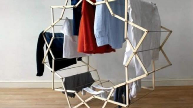 Hay modelos de tendedero de interior tan llamativos y útiles como éste.