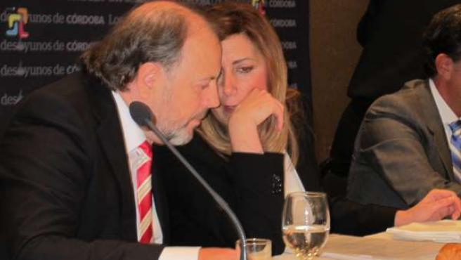 Susana Díaz habla con el director del Diario Córdoba