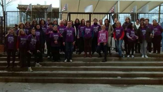 Monitores en la concentración de un colegio de Bormujos (Sevilla)