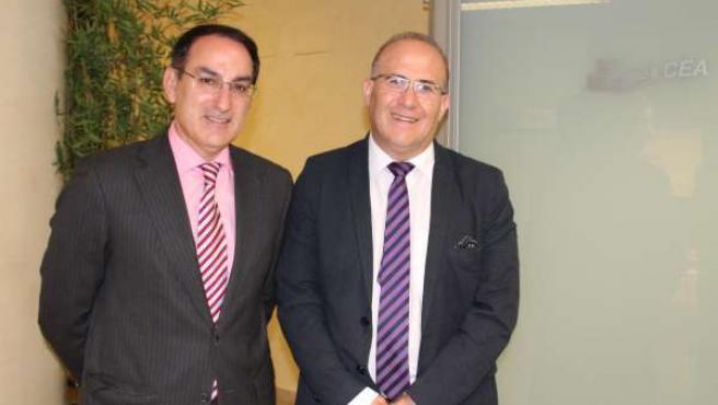 Los presidentes de CEA, Javier González de Lara, y CSIF-A, José Luis Heredia
