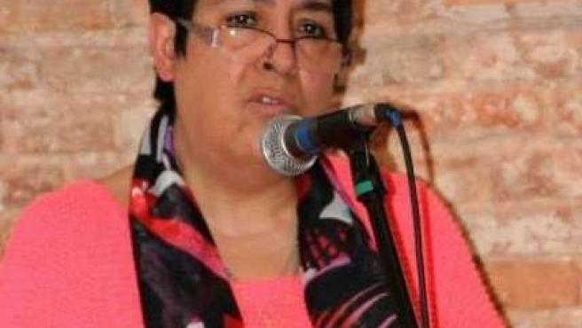 Inmaculada Calvo durante un recital de poesía