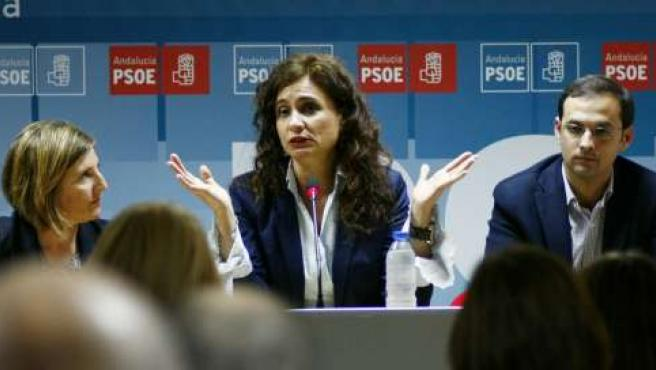 Irene García, María Jesús Montero y Víctor Mora