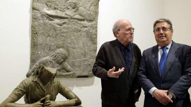 Julio Lopez y Zoido frente a la obra.