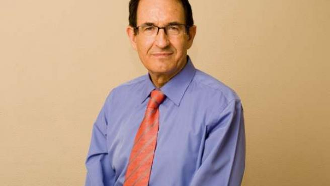 El psicólogo y escritor Bernabé Tierno