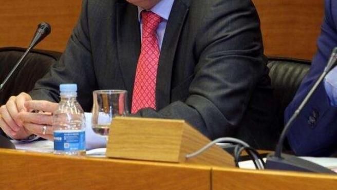 El conseller Juan Carlos Moragues en su comparecencia en las Corts.