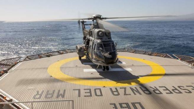 Imagen de archivo de un helicóptero Súper Puma del Servicio Aéreo de Rescate (SAR), perteneciente al escuadrón 802 con base en Gran Canaria, similar al siniestrado.