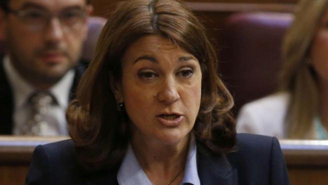 La portavoz del grupo socialista, Soraya Rodríguez, durante su intervención en la sesión de control al Gobierno celebrada esta tarde en el Congreso de los Diputados.