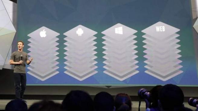 Mark Zuckerberg, durante su intervención en la conferencia de desarrolladores de software y aplicaciones F8.