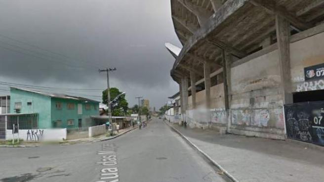 Imagen de la zona donde cayó un retrete en el estadio Arruda, en Recife, Pernambuco, Brasil.