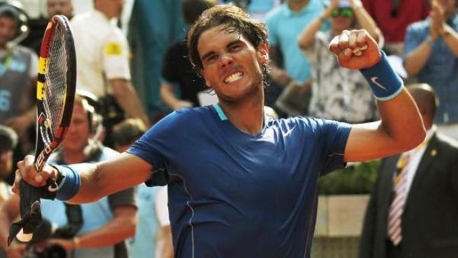 El tenista mallorquín Rafa Nadal celebra su victoria en semifinales del Masters de Madrid ante Roberto Bautista.