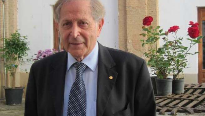 El Premio Nóbel De Física En El Año 1997, Claude Cohen-Tannoudji