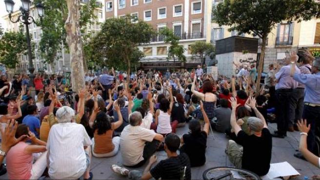 Asamblea extraordinaria del Movimiento 15M, celebrada el 16 de julio de 2012 en la Plaza del Carmen, de Madrid.