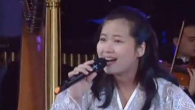 La cantante Hyon Song-wol, considerada como la exnovia del líder norcoreano Kim Jong-un, fue supuestamente ejecutada en Corea del Norte junto a un grupo de músicos acusados de grabar y vender pornografía