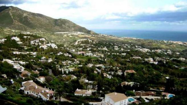 Una perspectiva de la urbanizada costa malagueña.