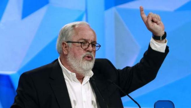 El candidato del Partido Popular a las elecciones europeas, Miguel Arias Cañete, este sábado en un mitin en Barcelona.