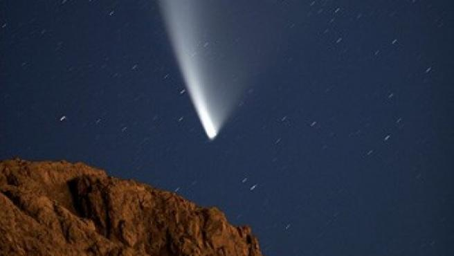 Paso de un cometa por la Patagonia argentina.
