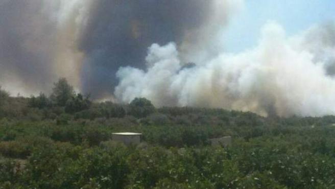 Una imagen del incendio de Pedralba tomada por el Consorcio de Bomberos de Valencia.