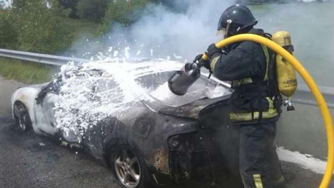 Incendio de vehículo en Asturias