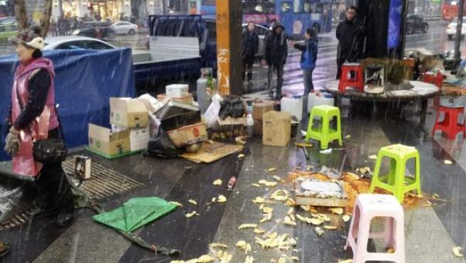 Puestos de comida de la calle de Gangnam-daero tras una ofensiva de los matones.