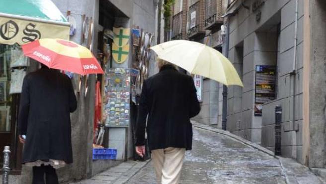 Lluvia, mal tiempo, paraguas