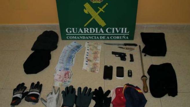 Desmantelan un grupo organizado que realizaba atracos en A Coruña