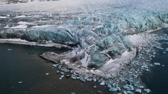 Deshielo en el Ártico como consecuencia del calentamiento global.