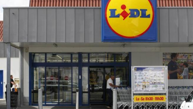 Sucursal de la cadena Lidl en Saint Sebastien-sur-Loire, cerca de Nantes, Francia.