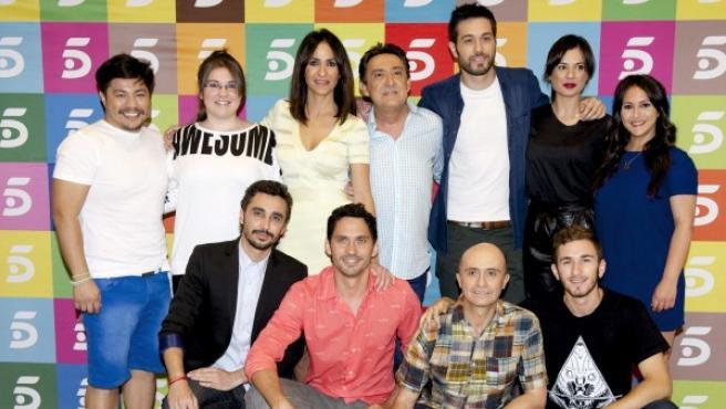 Fotografía facilitada por Mediaset de los actores que forman el reparto de la serie 'Aída', durante la presentación ante la prensa del capítulo que cierra casi diez años de emisión.
