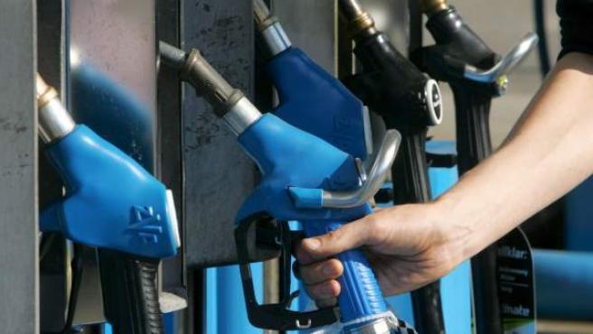 El precio del gasóleo ha marcado un nuevo máximo histórico y se ha situado en 1,360 euros.