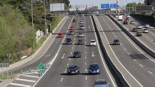Tráfico en la A-6 (carretera de A Coruña) a la salida de Madrid.