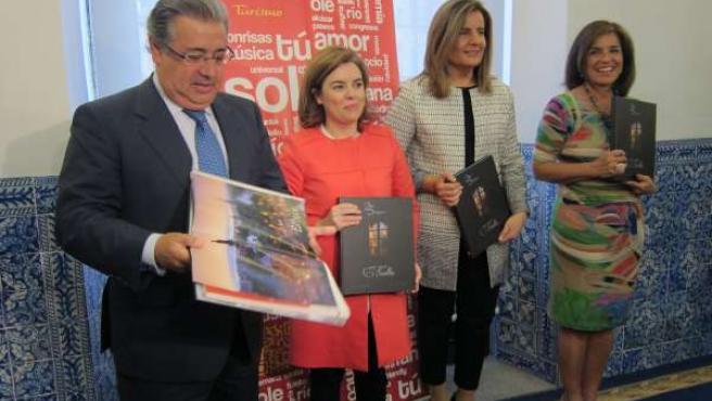 Zoido, Sáenz de Santamaría, Báñez y Botella, en la presentación del libro